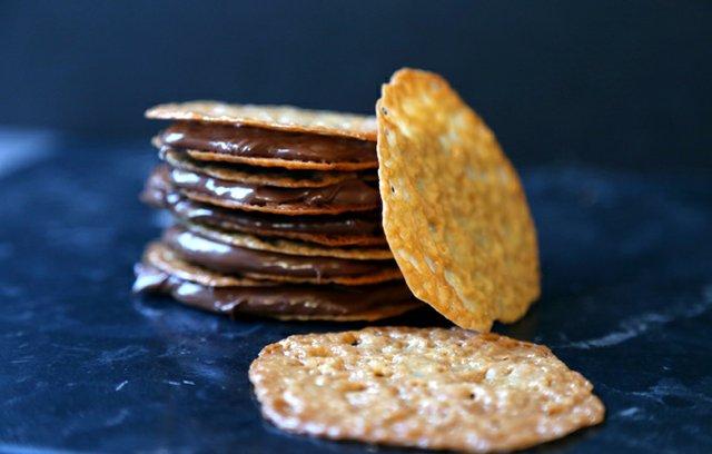 Lacey Cookies 11.jpg