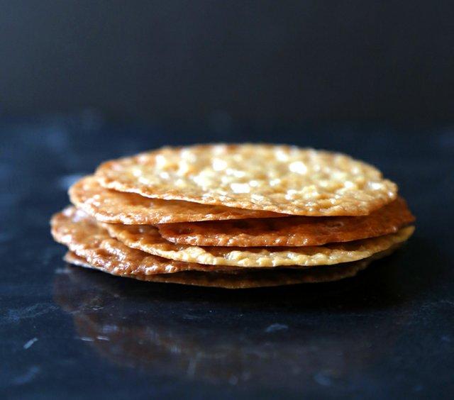 Lacey Cookies 15.jpg