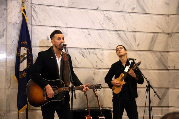 JD Shelburne and guest perform in the rotunda.JPG