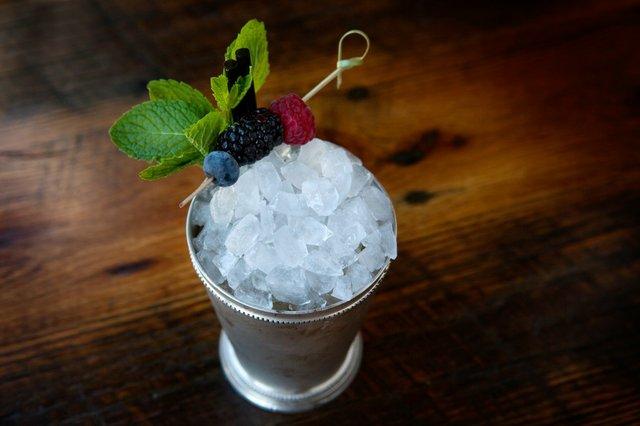 SARAH JANE SANDERS 2014_SMILEY PETE_Cocktails-11