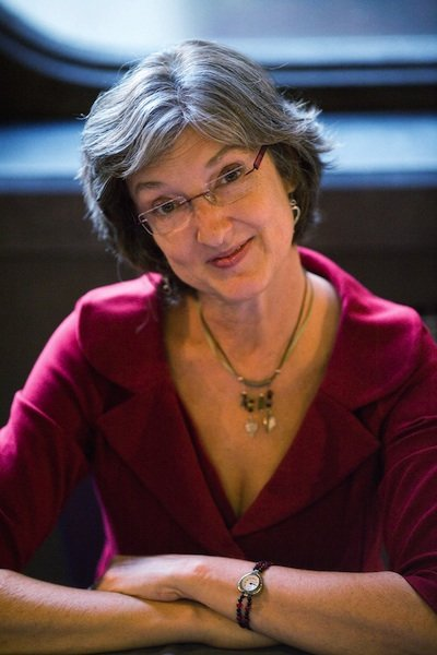 Barbara Kingsolver photo credit Adrian Lourie