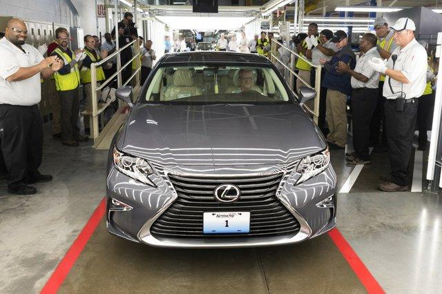 Lexus-1024x683.jpg