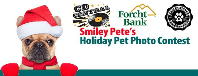 Smiley Pete's Holiday Pet Photo Contest