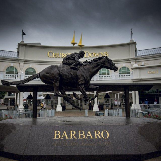 Barbaro Statue at Gate 1