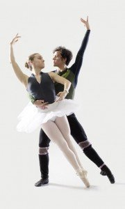 balletdancers_vert
