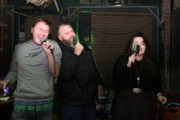 karaoke-greenlantern-8950.jpg