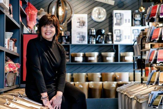 COFFEE TIMES_SMILEYPETE--Sarah Jane Sanders c2015-2