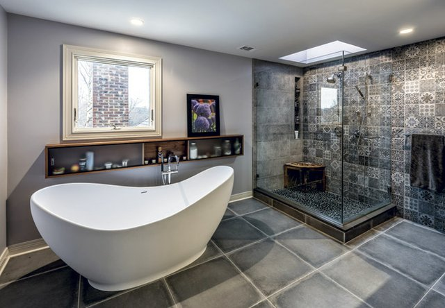 MBathw_Tub&Shower.jpg
