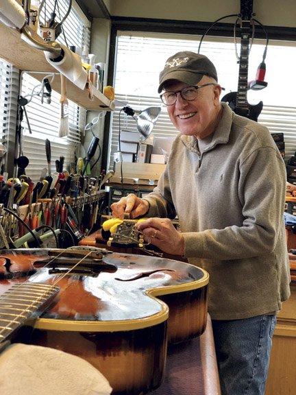 Willcutt Guitars_Bob Willcutt.jpg
