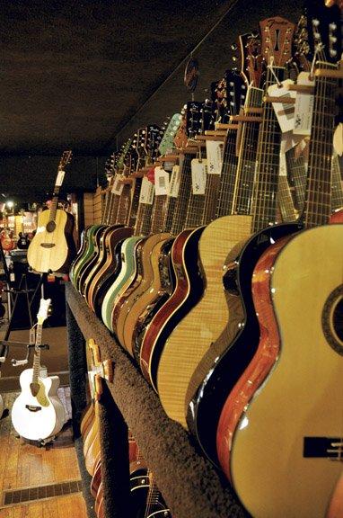 Willcutt Guitars_guitars.jpg