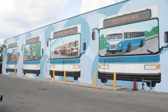 lextran bus mural