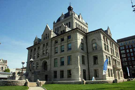 Courthouse21.jpg