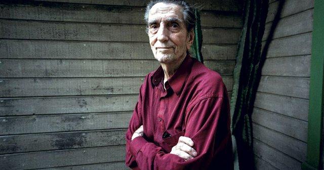 Harry-Dean-Stanton-at-Home-1.jpg