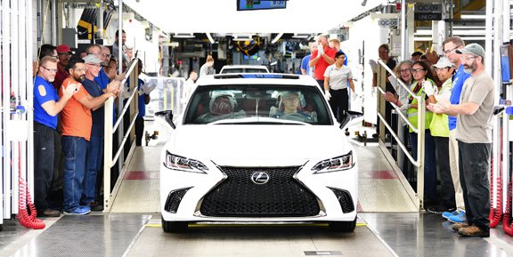 Toyota_Lexus ES 350_featured.jpg
