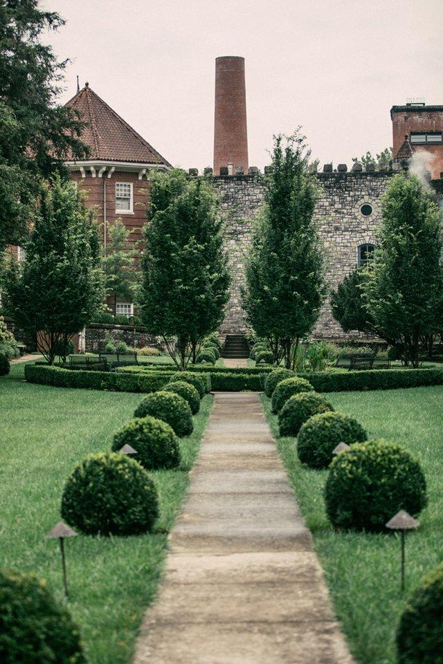CastleAndKey Sunken Garden 2.jpg