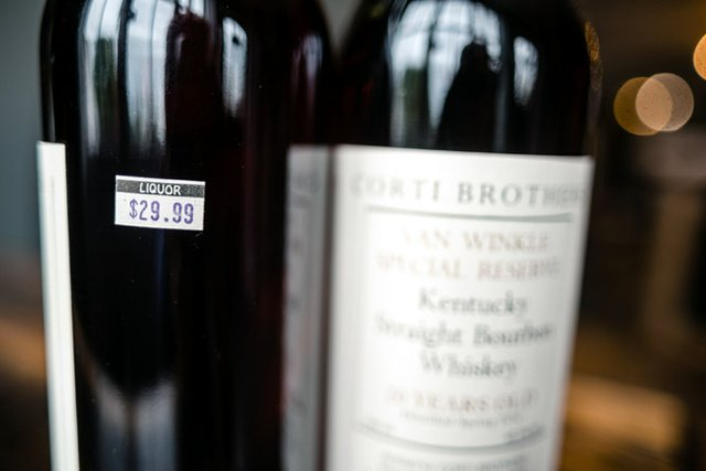 180910-house-bourbon-2-734.jpg